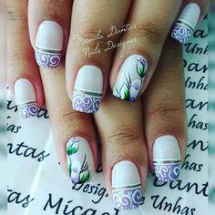 Unha diferente de Micaela Dantas. Different nail by Micaela Dantas. Uña diferente por Micaela Dantas. Unghie different di Micaela Dantas.