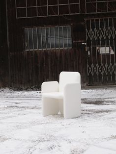 BIG outdoor armchair for Gandia Blasco, making of  ©2012 Stefan Diez Office www.diezoffice.com Dining Arm Chair, Armchair, Recycling, Clouds, Cool Stuff, Lighting, Outdoor, Inspiration, Sofa