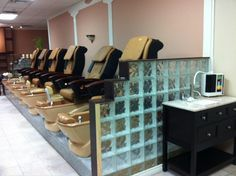 The top Spas are using all the waters produced by Enagics water technology