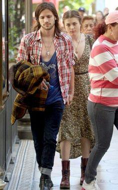 Frances bean cobain and her boyfriend