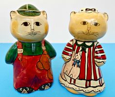 """Vintage Керамические Кошки Мальчик и девочка Кошки These vintage Kitty's measure about 4"""" tall and around 2.5"""" wide."""