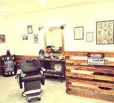 #johnnysbarbershop #pontedelima #barberlife #barber #barbershop