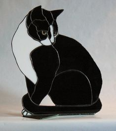Butch Stained Glass Black and White Cat by jbls on Etsy, Stained Glass Suncatchers, Stained Glass Crafts, Stained Glass Designs, Stained Glass Panels, Stained Glass Patterns, Mosaic Glass, Fused Glass, Blown Glass, L'art Du Vitrail