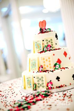 Playing cards wedding cake