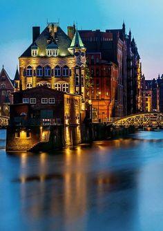 [Hamburg]