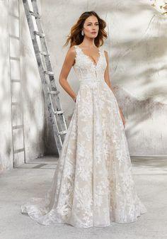 Lauren Wedding Dress Tulle Wedding Gown, Garden Wedding Dresses, Stunning Wedding Dresses, Wedding Dresses Photos, Perfect Wedding Dress, Bridal Wedding Dresses, Wedding Dress Styles, Prom Dresses, Tulle Gown