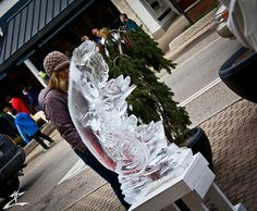 Collegiate Invitational Ice Sculpting Competition in Holland, MI  Oh college... I miss Holland