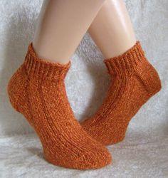 """Handgestrickte Socken/Sneaker 38/39 unisex von """"Verrückte Maschen"""" Strick- und Häkel-Design auf DaWanda.com"""
