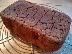 bezlepkový chléb Bread And Pastries, Banana Bread, Food, Diet, Essen, Meals, Yemek, Eten