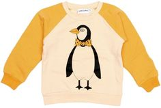 Mini Rodini - sweater pinguin - Heerlijk zachte sweater met gele raglanmouwen en beige body met print van een pinguin. 95% biokatoen/5% elastan.