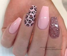 Pink Acrylic Nails, Gel Nails, Coffin Nails, Manicure, Clear Nails, Acrylic Nail Designs Glitter, Pastel Pink Nails, Pastel Nail Art, Pink Glitter Nails