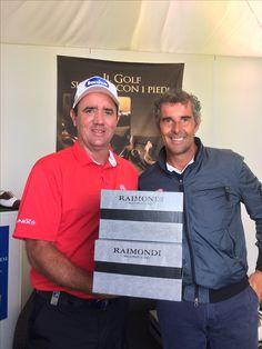 Scott Hend viene a ritirare le scarpe per iniziare l'Open di Francia allo stand Raimondi 🇫🇷 2017 #raimondi #raimondigolfshoes ⛳️🏌🏌️♀️👞# #shoes #golfshoes #italianstyle #handmadeinitaly #italy #originali #madeinitaly #opendefrancegolf