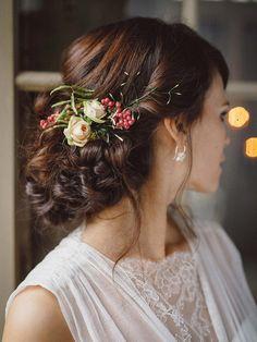 Hochzeitsinspiration im geheimen Garten VIVID SYMPHONY http://www.hochzeitswahn.de/inspirationsideen/sommerliche-hochzeitsinspiration-im-geheimen-garten/ #wedding #inspo #garden