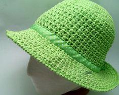 Crochet hat with brim sun Ideas - top crop , polos cortos , dresses , summer crochet - Hut Crochet Hat With Brim, Crochet Summer Hats, Crochet Hat For Women, Crochet Mittens, Crochet Shawl, Knitted Hats, Knit Baby Sweaters, Wide-brim Hat, Hats For Women