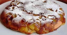 Apple cake in a pan 1 glass filled with flour – 1 teaspoon of baking powder – glass of powdered sugar + 2 tablespoons – glass of milk – 1 tablespoon of rum – 2 eggs – 2 apples – 2 hazelnuts of butter – Ice sugar (optional) Source by mariepauledusso Apple Recipes, Sweet Recipes, Cake Recipes, Dessert Recipes, No Cook Desserts, Just Desserts, Blueberries, Love Food, Sweet Treats