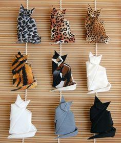 主役の子が好きなものをモチーフに折り紙を楽しんでみても良いですね。こちらは可愛い猫ちゃんたち。柄物の折り紙を選べば様々な毛色の猫ちゃんができますよ。