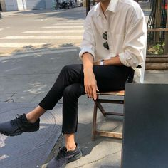 Really nice summer mens fashion. Really nice summer mens fashion. Outfits Hipster, Stylish Mens Outfits, Korean Outfits, Mode Outfits, Casual Outfits, Casual Clothes For Men, Casual Look For Men, Stylish Clothes, Kpop Outfits