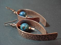 Hammered Copper Blue Green Agate Hoop Earrings Modern Unique Hoops Metalwork Minimalist Rustic Hoop Earrings. The metal parts are made with copper which I cut from a solid sheet,hammered,flamed,sanded and textured them such as to have these beautiful shades. Unique blue green faceted