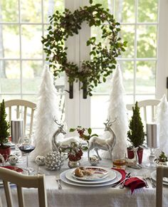 3 Ideas For Decorating A Holiday Christmas Dining Table This One Is Whimsical