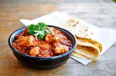 Zelf de lekkerste Vindaloo maken (Indiase curry) | Puur Eten Indian Desserts, Indian Food Recipes, Asian Recipes, Ethnic Recipes, Vindaloo, Curry Pasta, Comfort Food, Chana Masala, Love Food