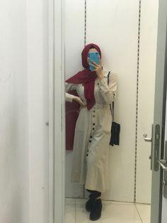 Muslim Girls Photos, Girl Photos, Coat, Fashion, Girl Pics, Moda, Pictures Of Girls, Sewing Coat, La Mode