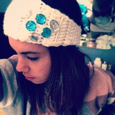 You can customize your own headband by choosing your own color and style.. Order yours now at #yarknit | #white #strass #onecolor #headband #headbands #headaccessories #wool #woolworks #winterwear #picoftheday #bluestrass #silverstrass #shinnyobjects
