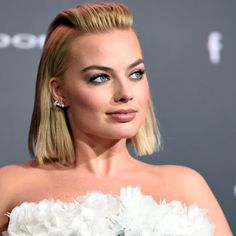 Cabelo Margot Robbie, Arlequina Margot Robbie, Margrot Robbie, Tonya Harding, Star Wars, Stunning Girls, Celebrity Pics, Just Girl Things, Celebs