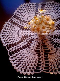 \ PINK ROSE CROCHET /: Centrinho de Crochê . Tulips Special Doily