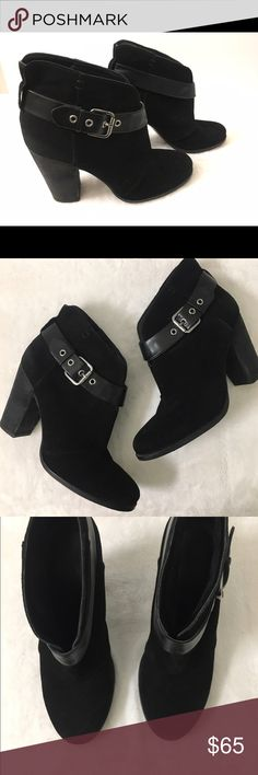 ✨🎉Jessica Simpson suede ankle black booties 🎉✨ Jessica Simpson boots size 9 worn few times only looks almost brand new ! These were a little on me ! Make offers ! Cleaning closet out ! Jessica Simpson Shoes Ankle Boots & Booties