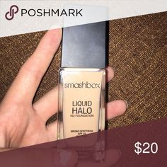 Smashbox Liquid Halo Foundation This foundation has never been used and is oil free, has spf 15, and is in the shade 2 Smashbox Makeup Foundation