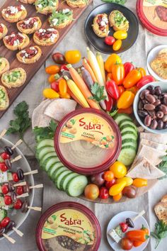 Healthy Superbowl Snack Ideas from registered dietitian Anne Mauney of fannetasticfood.com