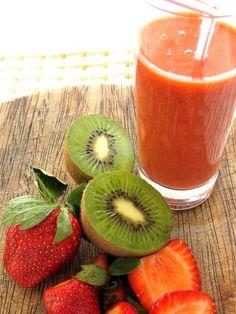 Receita de suco detox com kiwi e morango