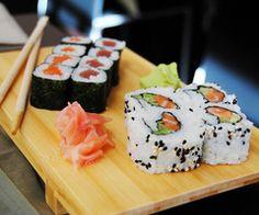 sushi...oh how I <3