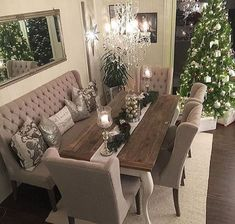dining room 760826930779834838 - awesome 49 Stylish Dining Room Design Ideas Source by roundecorcom Christmas Dining Room Table, Dining Room Furniture, Dining Room Cozy, Interior, Room Design, Room Decor, Home Decor, Christmas Dining Room, Dining Room Table Decor