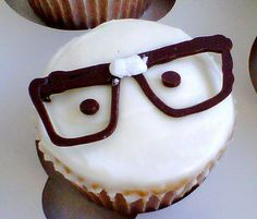 Geek cupcakes! @Arienne Cornelius for one of our calculus parties! :D