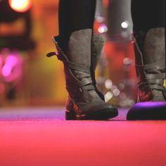 Kari jobe's boots. i want!