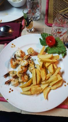 Blue soleil (Morondava) - 餐廳/美食評論 - TripAdvisor Restaurant, Tattoo, Chicken, Meat, Food, Diner Restaurant, Essen, Tattoos, Meals