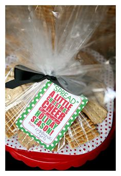 Christmas gift tag for a cheese ball - also includes a yummy cheese ball recipe!