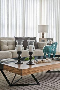 Luxo, conforto e equilíbrio em casa curitibana (Foto: Marcelo Stammer / divulgação)