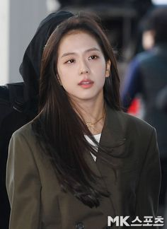 Jisoo Airport Photos from Incheon to Philippines: February 2019 Airport Photos, La Girl, Black Pink Kpop, February 1, Ji Soo, Incheon, Blackpink Jisoo, Hani, The Most Beautiful Girl