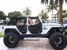 Jeep Wrangler Rubicon, Four Door Jeep Wrangler, White Jeep Wrangler, Jeep Wrangler Unlimited, Jeep Wranglers, Jeep Truck, Ford Trucks, My Dream Car, Dream Cars