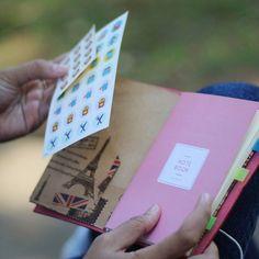 """Simple yet functional meet Trevi! A collaboration with @goodnoteid . . Add @hibrkraft (please use """"@"""") di LINE kamu atau chat langsung untuk pemesanan order pricelist dan katalog! Selain itu kami juga akan post info dan trivia menarik seputar dunia penulisan journalling sketch dan lainnya :) . . #journal #productphotography #handicraft #leather #bukuunik #travelnote #photography #bookbinding #booklover #handmade #giftideas #jualsketchbook #hadiahwisuda #traveljournal #leathernotes #bandofun…"""