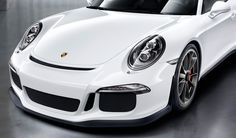 #Porsche #911 #GT3: The new front end has further improved the aerodynamics of the centre radiator. This is revealed to the eye by the customary 911 GT3 air outlet to the front of the luggage compartment lid. Learn more: http://link.porsche.com/gt3?pc=99181PINGA