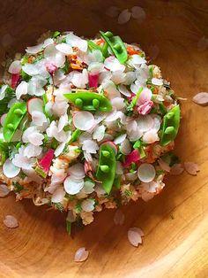さくらの花びら散るベジばら寿司