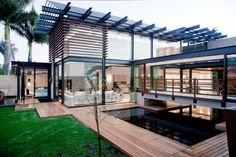 House Aboobaker by Nico van der Meulen Architects