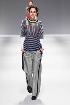 Issey Miyake Fall 2013 Ready-to-Wear