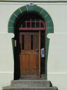 Art Nouveau Door in Ålesund, Norway. Photo by Jan Wieringa