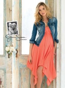 maternity fashion - maxi dress + denim jacket (This looks comfy and cute-- fix the neckline...)