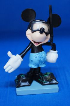 Mickey Undersea Figurine Wyland SCUBA Snorkel Disney Inspearations 75th 17826 #WestlandGiftware #Figurines
