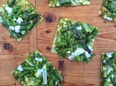 Spring vegetable flatbread pizza/ Mom's Kitchen Handbook
